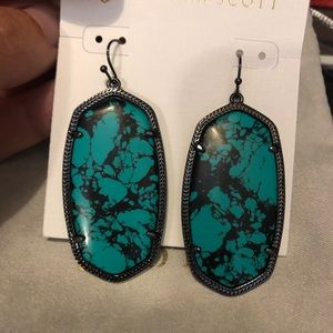 Kendra Scott Danielle earrings in Variegated Teal
